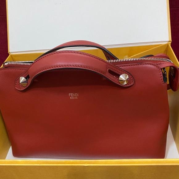 Fendi Handbags - FENDI 💯Authentic
